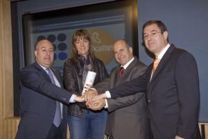 Firma del contrato de adhesión entre Metaposta y Euskaltel